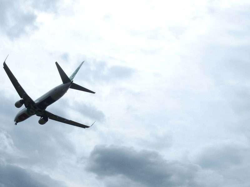 Uitstoot luchtvaart verdubbelt zonder klimaatbeleid