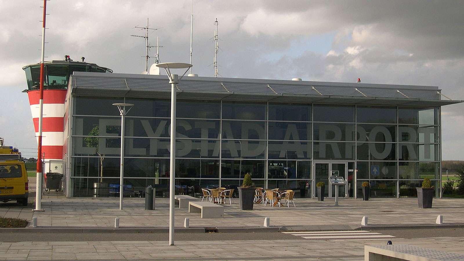Vliegveld Lelystad: het wachten is nu op het nieuwe kabinet