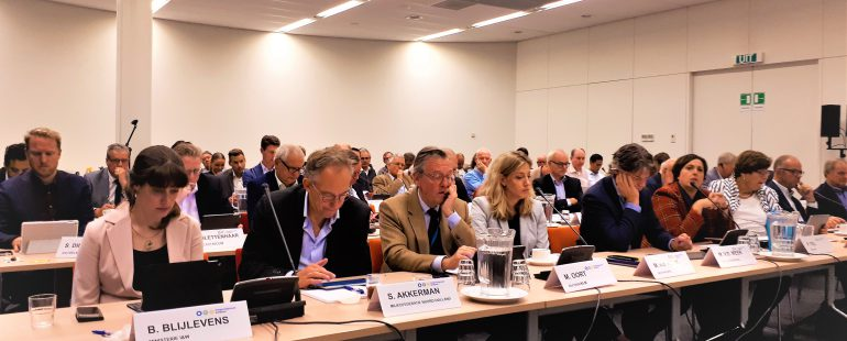 Van Geel pleit voor een nieuw governance systeem Schiphol