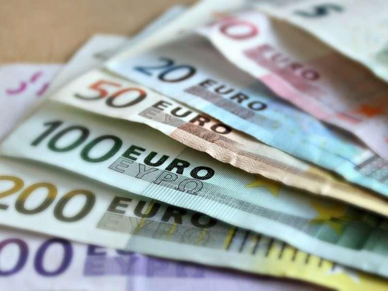 KLM krijgt 3,4 miljard euro aan steun om de coronacrisis te overleven