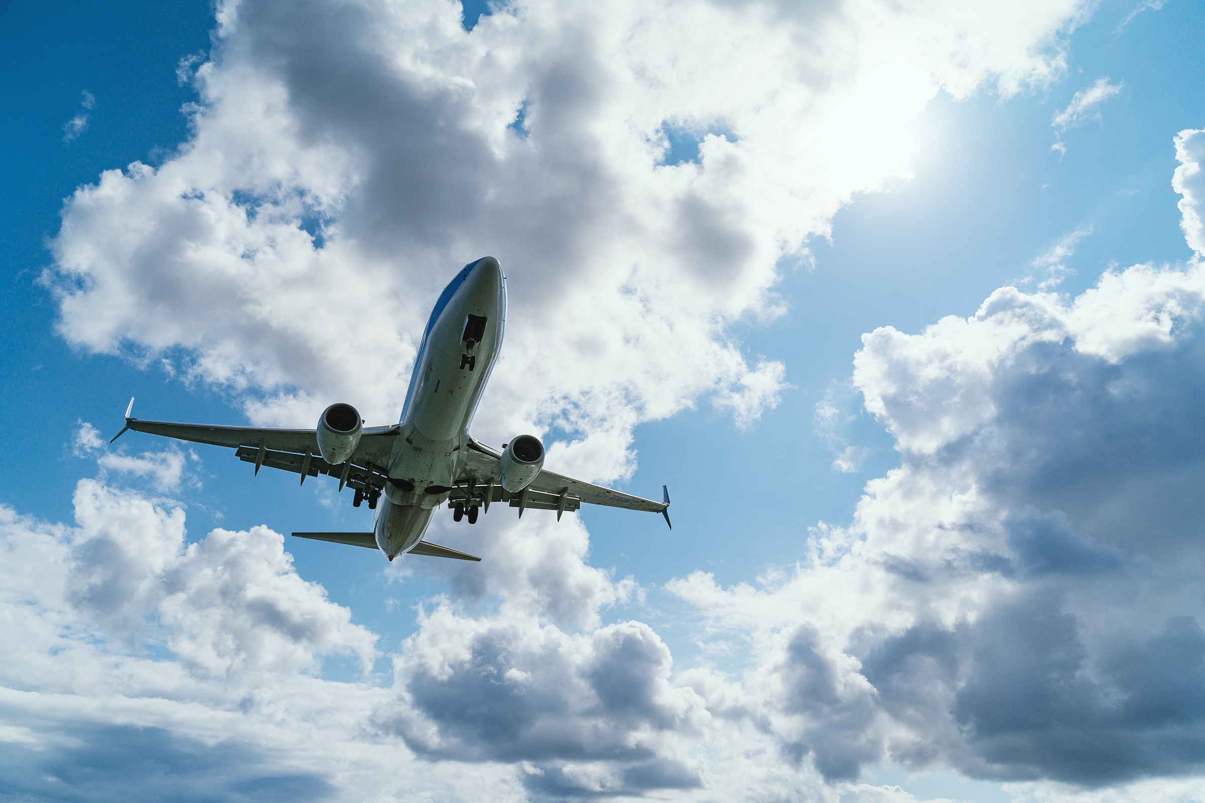Voorzitter Commissie MER: Gevolgen luchtvaartplannen minister onvoldoende onderzocht